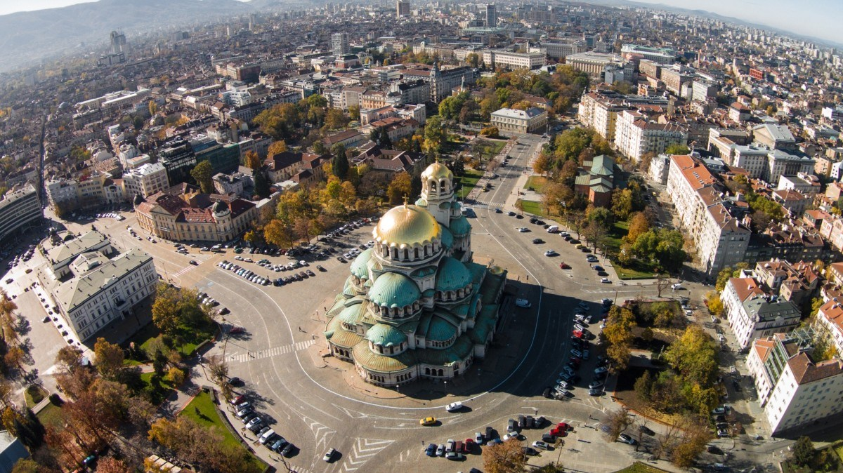 Full day personalized taxi service in Sofia, 4-5 hours