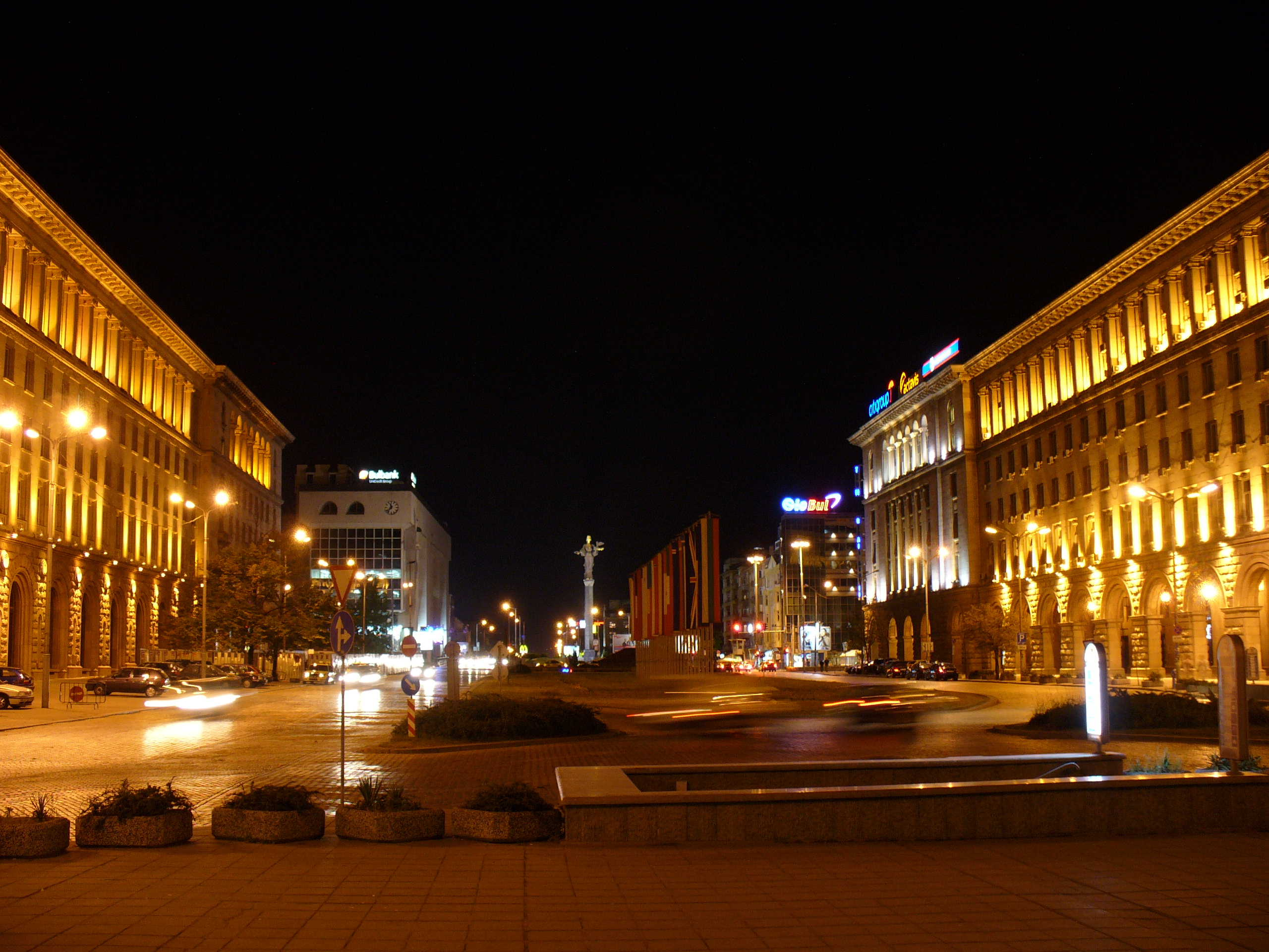 Full night personalized taxi service in Sofia, 4-5 hours
